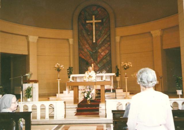 Borbála nővér gyémánt miséjét Bihari Zoltán tartotta