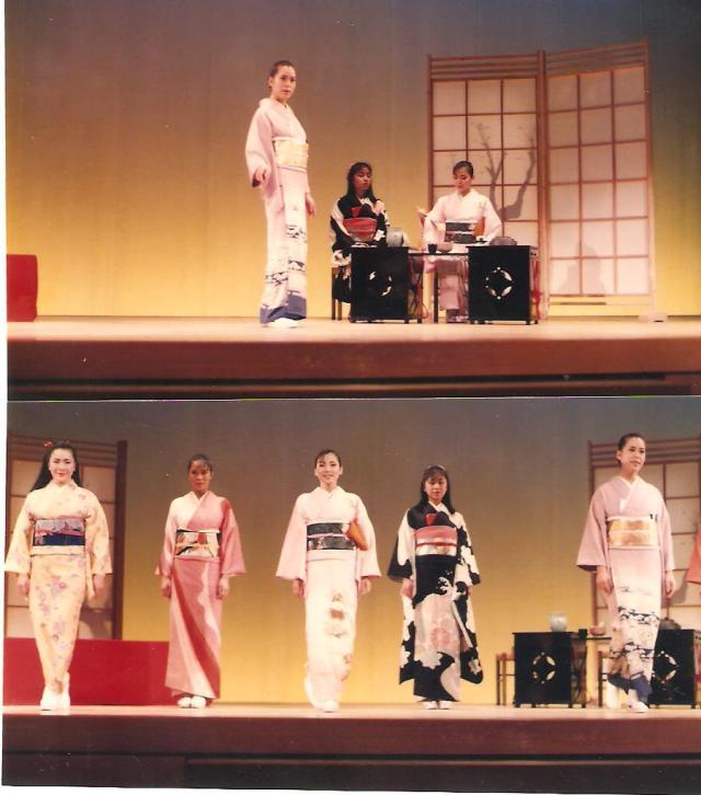 Kimonó-bemutató teakészítéssel