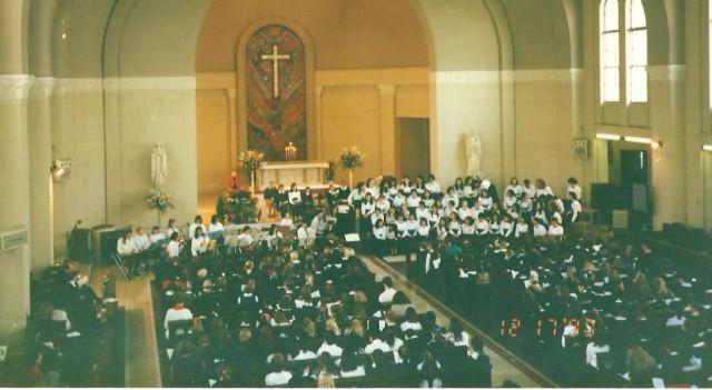 Karácsonyi ünnepély a tokiói Szent Szív Nemzetközi Iskolában