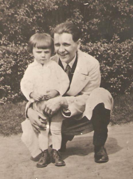 Édesapám Béla bátyámmal